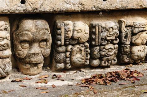 imagenes calaveras aztecas calaveras aztecas decalaveras com