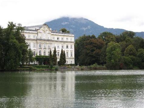 sound of music house tour leopoldskron castle used for the front of vontrapp house and the lake picture of