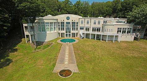 jimmy jam house jimmy jam house 28 images 1000 images about jimmy jam s former mansion on homes
