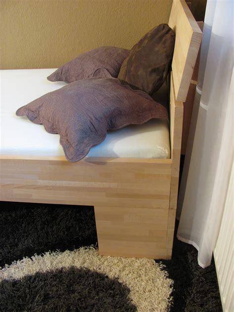 kopfteil einzelbett massivholzbett buche einzelbett mit fuss ii kopfteil