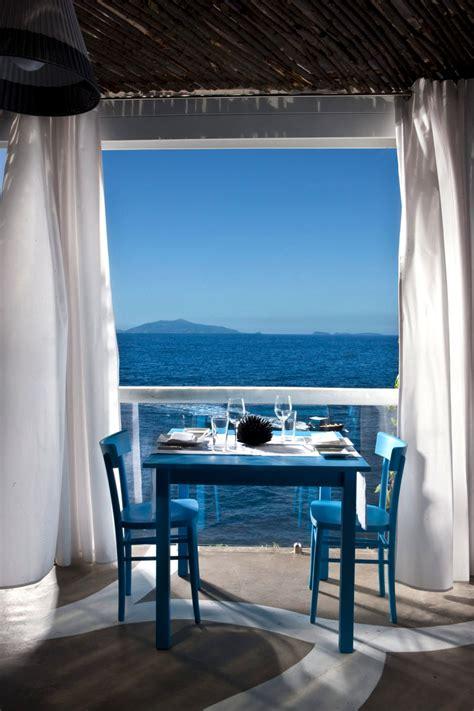 il riccio stylish waterfront restaurant  capri