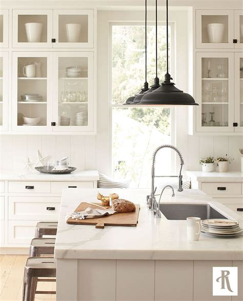 modern farmhouse kitchen lighting