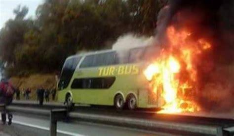 tur bus se incendia en ruta 5 al norte de la serena turbus m 225 quina se incendia en plena ruta