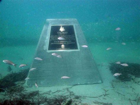 titanic real boat underwater quot titanic quot underwater body headstone titantic
