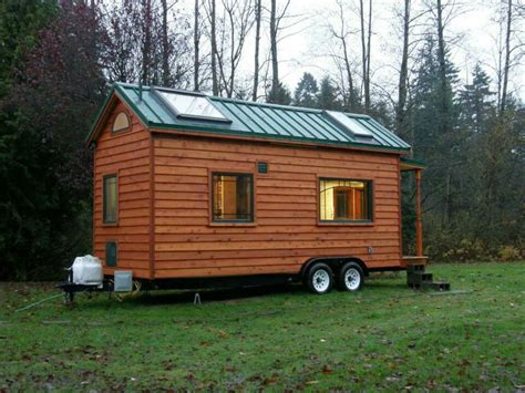 i want a tiny house 1000 images about tiny houses on pinterest portable house tiny house and mini houses