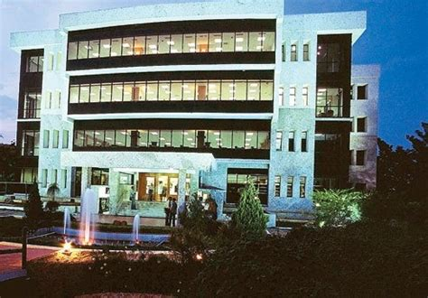 Vit Mba College by Is Vit Really A College Vellore Institute Of