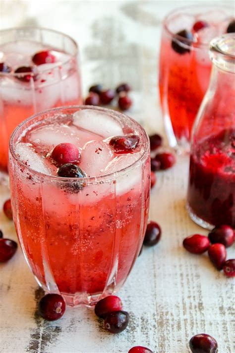 lisas holiday red punch cranberry vodka punch