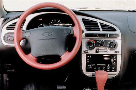 free download parts manuals 2002 daewoo lanos interior lighting 1999 02 daewoo lanos consumer guide auto