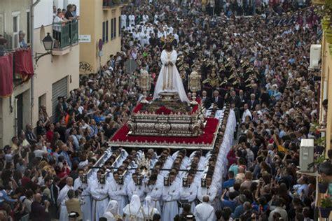 imagenes lunes santo malaga dos cautivos en una sola promesa m 225 laga el mundo