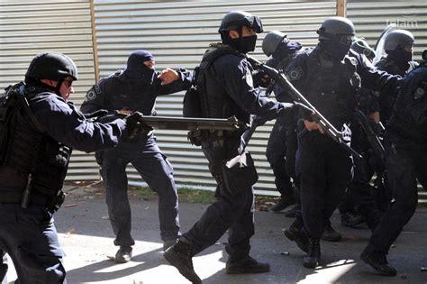 policia metropolitana convocatoria para aquellos que pressenza represi 243 n en el borda hay que fundar una
