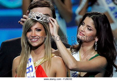 Alexandra Rosenfeld Crowned Miss Europe 2006 2 by Miss Germany 2005 Stock Photos Miss Germany 2005 Stock