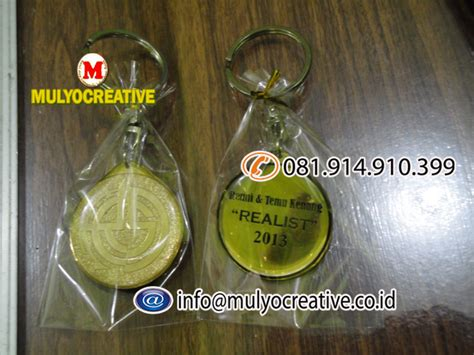 buat gantungan kunci bordir gantungan kunci key accessories bikin pesan buat