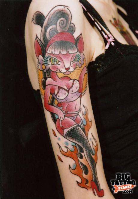 eccentric tattoo sabado colour big planet