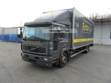 volvo truck 2003 volvo fl6 2003 box truck photo and specs