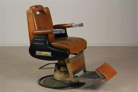 poltrone da barbiere usate poltrona da barbiere m20 id73 poltrone modernariato