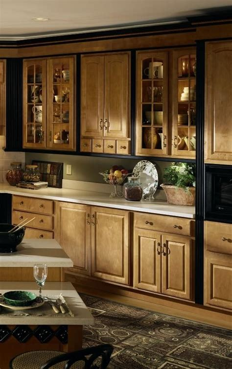 maple kitchen cabinets lowes 11 best images about diamond reflection cabinets on