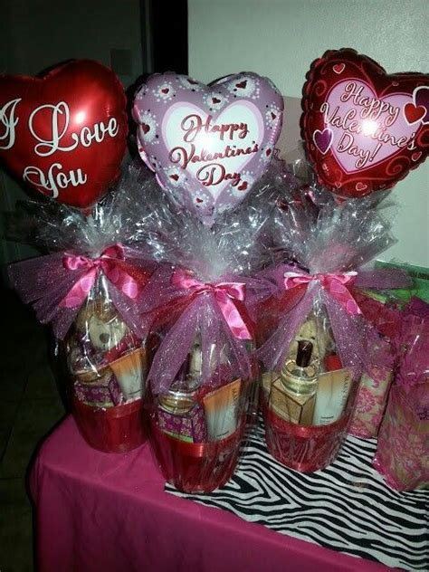 s day basket best 25 s day gift baskets ideas on