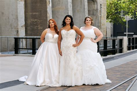 Wedding Gowns And Bridesmaid Dresses by Luxe Bridal Couture Minneapolis Wedding Gowns
