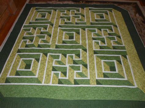 walking labyrinth quilt pattern labyrinth quilt quilts