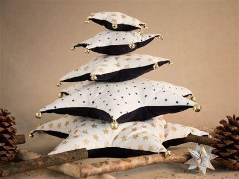 come fare cuscini come fare un albero di natale di cuscini