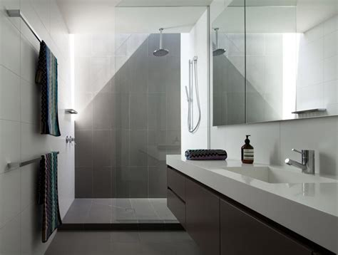10 inspirational exles of gray and white bathrooms