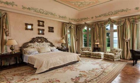 Huge master bedrooms, mansion bathrooms mansion master