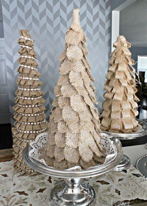 bedazzled christmas tree lights 15 rustic burlap christmas decor ideas shelterness