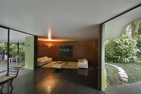 # CLASSIC ARCHITECTURES /// Casa das Canoas by Oscar Niemeyer THE FUNAMBULIST MAGAZINE