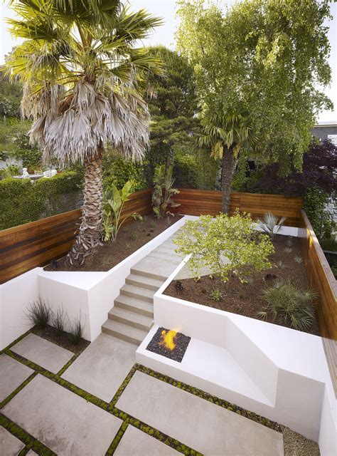 24 Concrete Retaining Wall Ideas For Attractive Garden Back Yard Landscaping With Garden