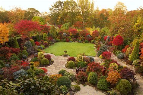 beautiful small backyard gardens beautiful english garden