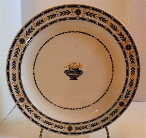 wedgwood pattern history bcz703 antique wedgwood etruria black laurel pattern plate