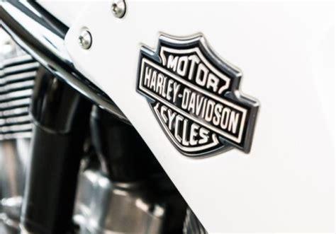 Motorrad F R Einen Tag Anmelden by Kult Der Stra 223 En Eine Harley Davidson F 252 R Einen Tag Fahren