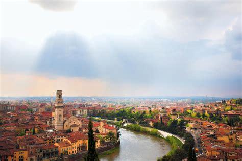 fiume bagna verona tra le citt 224 italiane di verona 232 un posto speciale