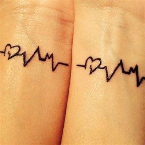 las 25 mejores ideas sobre tatuajes atrapasue 241 os en las 25 mejores ideas sobre tatuajes de electrocardiograma