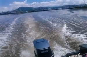 perairan pelabuhan bima tercemar tumpahan minyak sepanjang