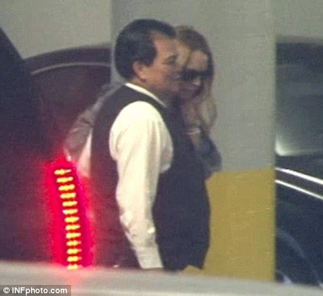 Lindsay Gets Rehab Visit From by Lindsay Lohan Makes A Whistle Stop Visit To La After Earns