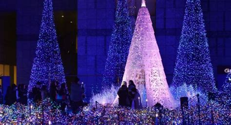 le illuminazioni le citt 224 mondo si addobbano per le feste natalizie