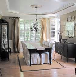 Dining Room Curtain Rods Do Those Curtain Rods Pivot What Are They Called Swing