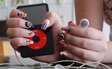 How Fashionable Is Your Ipod by Color Fashion Ipod Multicolor Image 82965