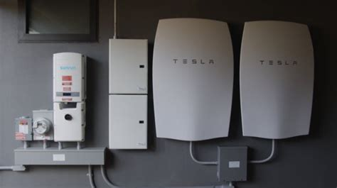 What Battery Does Tesla Use Sunrun Begins Installing Tesla Home Batteries Computerworld
