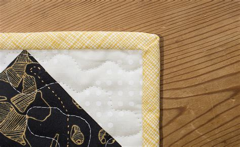 Binding Your Quilt by How To Bind A Quilt Using Fold Binding Weallsew