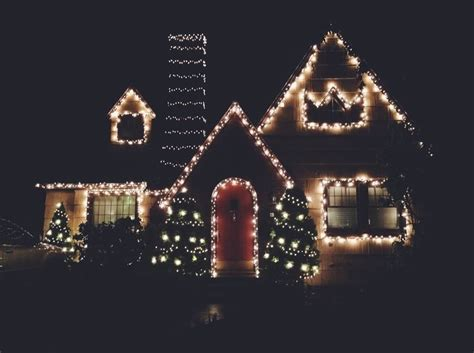 christmas home decorations  night pictures   images  facebook tumblr pinterest
