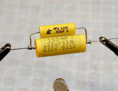 guitar capacitor differences replacing capacitors in radios and tvs