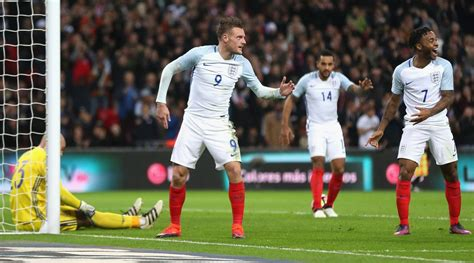 mannequin challenge vardy does mannequin challenge after goal si