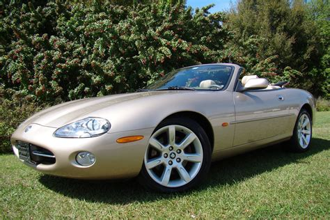 how to learn about cars 2003 jaguar xk series interior lighting 2003 jaguar xk8 convertible 206418