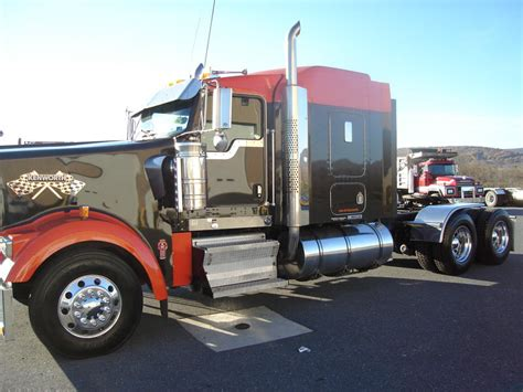 buy used kenworth pin 2006 kenworth w900l buy this used on pinterest