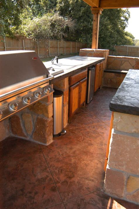Backyard Barbeque Arlington by Custom Designers Of Outdoor Kitchens In Dallas Fort