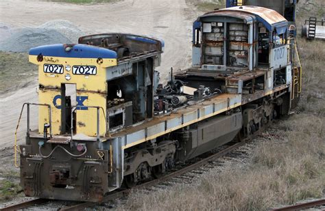 backyard railroad locomotives mdrails csx rice yard where old locomotives go to die