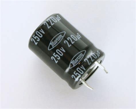 capacitor eletrolitico 220uf 250v ceawf2e221m10 marcon capacitor 220uf 250v aluminum electrolytic snap in 2020031441