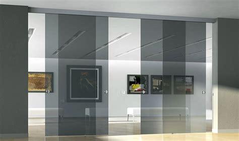 librerie scorrevoli divisorie eleganti pareti divisorie scorrevoli in vetro per